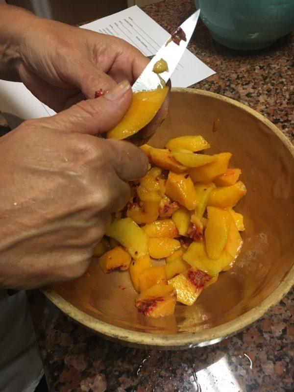 Peeling peaches Rustic Peach Tart www.diningwithmimi.com