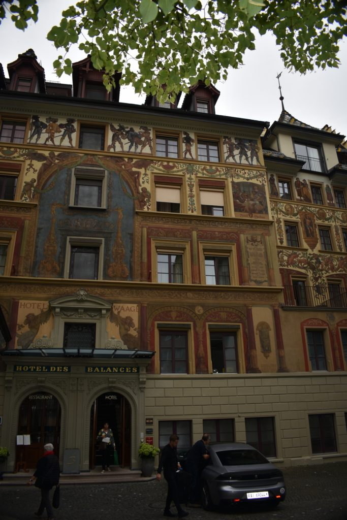 Beautiful artwork on buildings Luzern Lucerne How I love thee Let me Count the ways www.diningwithmimi.com