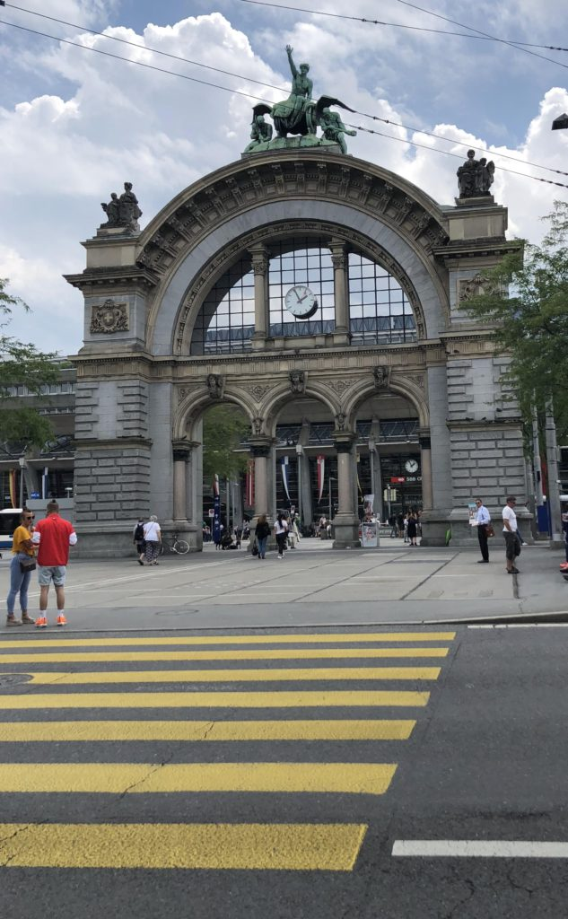 Luzern Station Monument for Luzern Lucerne How I love thee, Let me count the ways www.diningwithmimi.com
