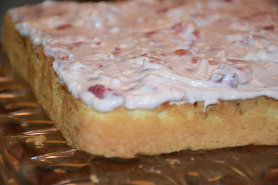 Berry Filling for Berry Me Naked Cake www.diningwithmimi.com