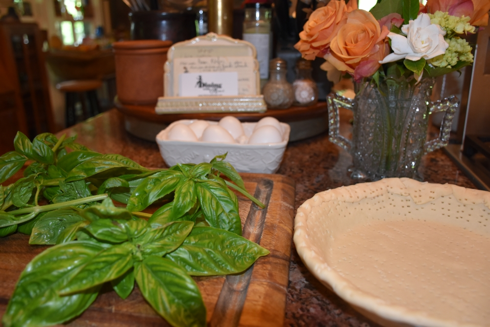 Fresh basil for Mimi's Outsider Chef Culinary Herb Tips www.diningwithmimi.com